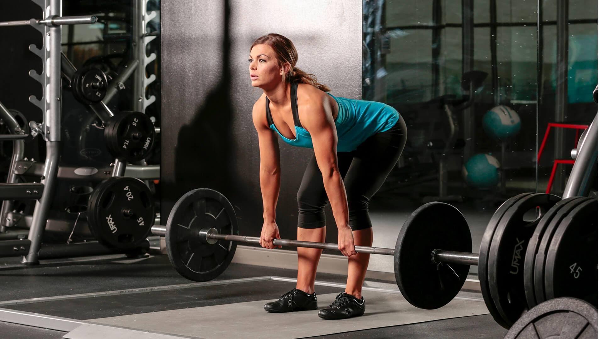 Упражнения в зале для девушек - как определиться с комплексом упражнений, интенсивность и частота тренировок, а также упражнения от профессиональных тренеров у нас!