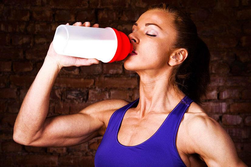 Какой протеин лучше выбрать и как его пить для похудения девушке