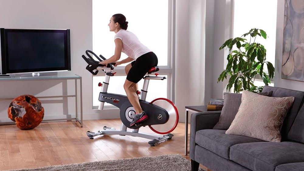 Что лучше для похудения – велотренажер или беговая дорожка?