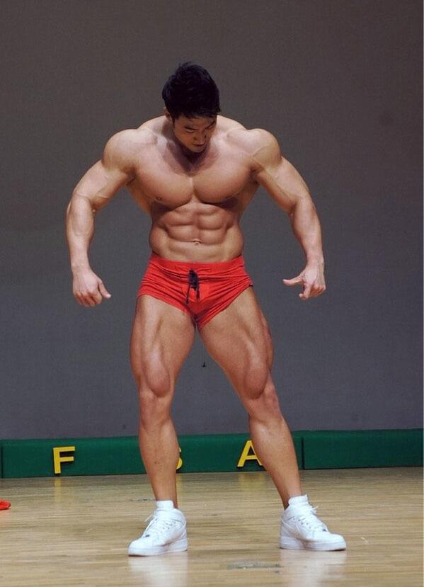 Чул сун. бодибилдер из кореи.   мудрый тренер филин   яндекс дзен