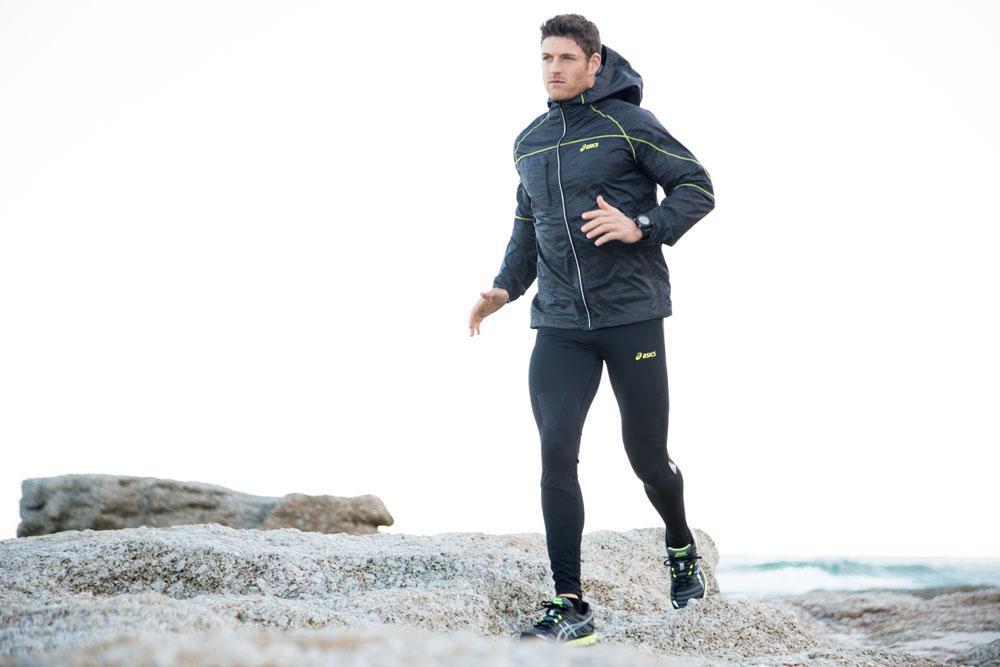 Что надеть на пробежку зимой? экипировка для бега одежда для бега зимой женская: в чем бегать зимой на улице, как одеваться для бега зимой