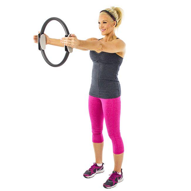 Кольцо для пилатеса: топ упражнений для женщин