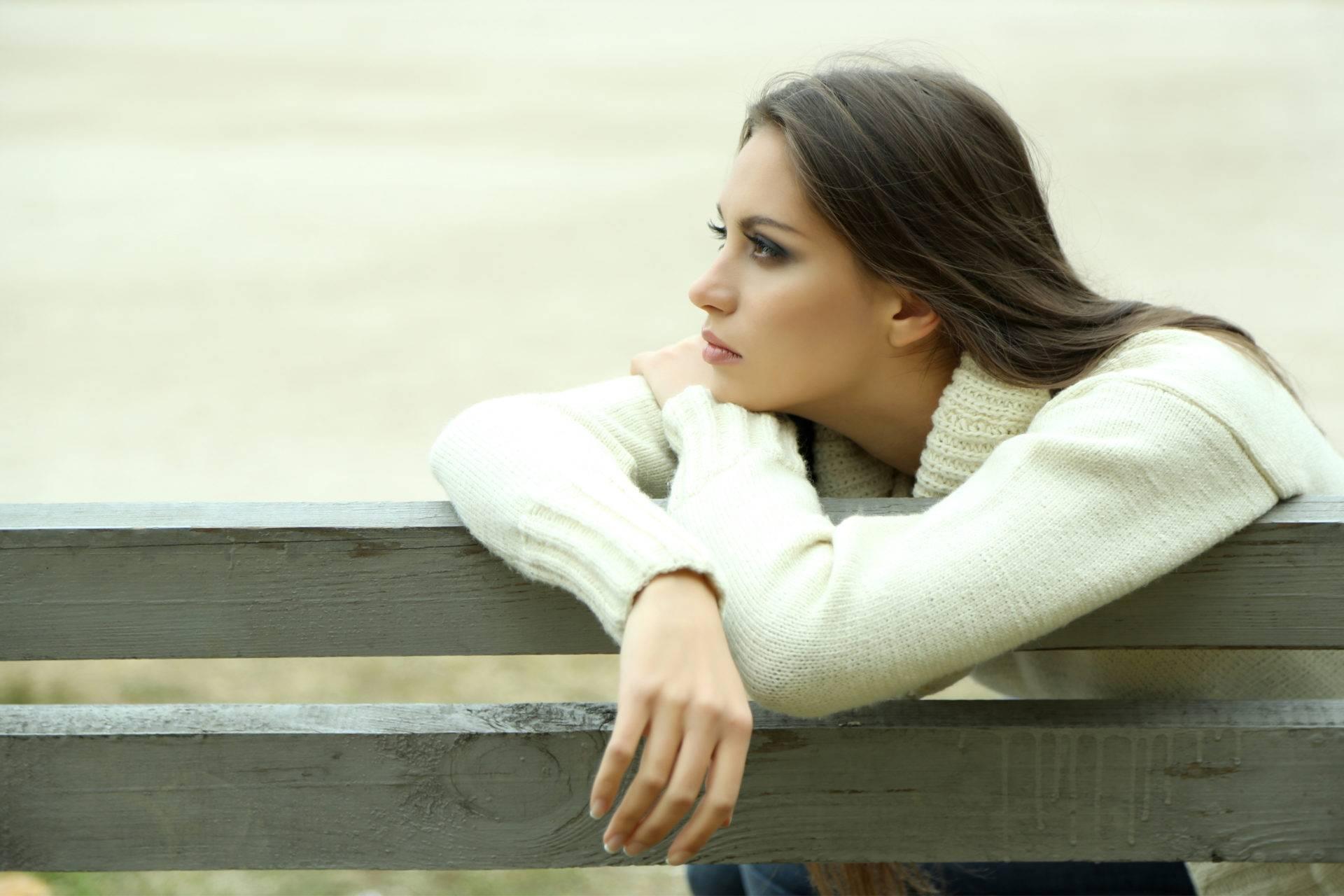 Одинокие девушки. почему красивые девушки одиноки