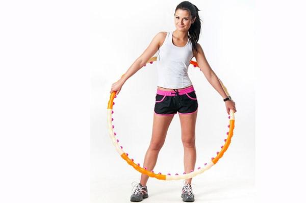 Упражнения с обручем - польза занятий с хулахупом для ребенка и взрослого для похудения