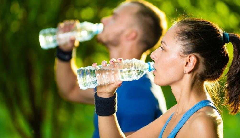 Надо ли пить воду во время тренировки???