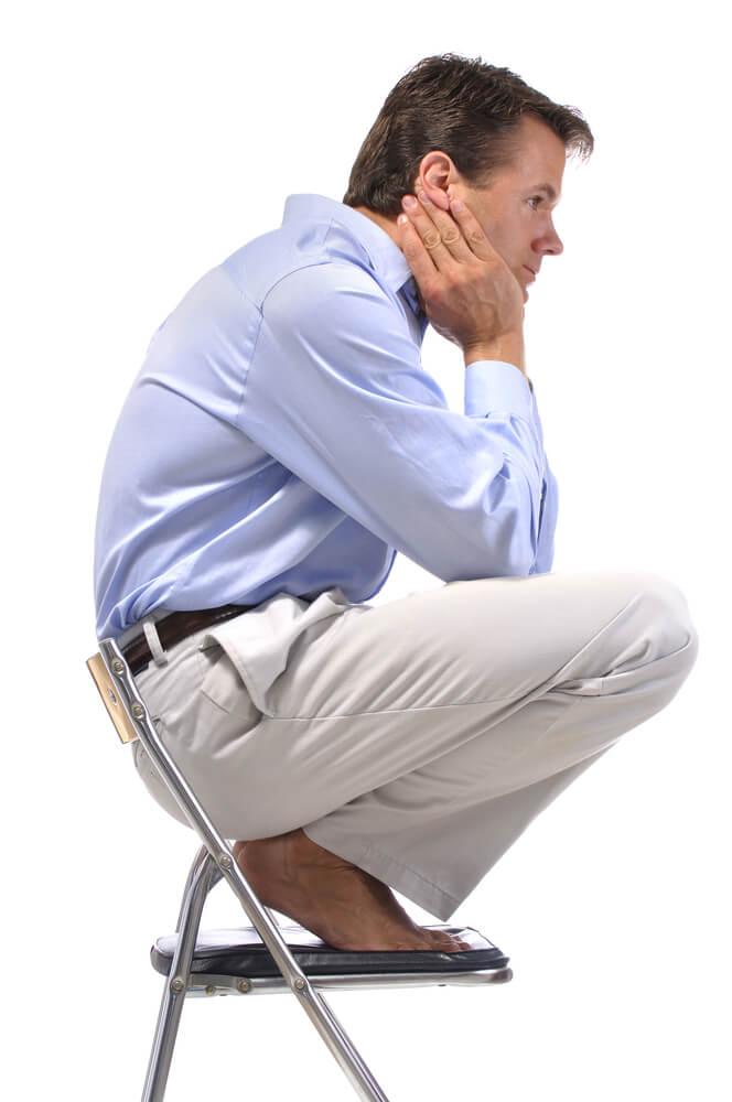 На корточках: ленивый способ поправить здоровье и улучшить осанку не выходя из дома