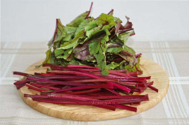 Свекольная ботва: польза и вред листьев свеклы, как можно приготовить