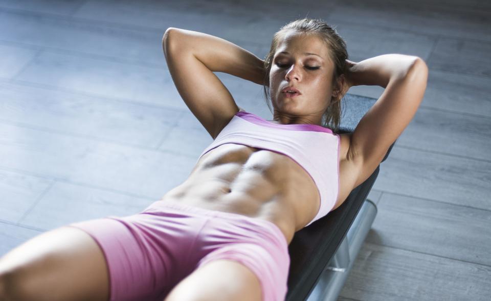 Комплекс упражнений на пресс для девушек в домашних условиях: анатомия мышц, правила, программа тренировок
