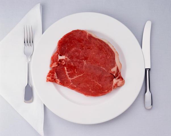 Вызывают ли мясо и колбаса рак: интервью с врачом-диетологом — амурская правда