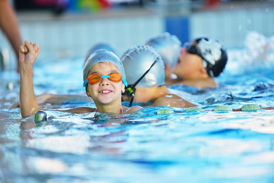 Плавание - польза и вред, показания и противопоказания