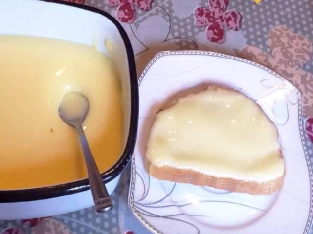 Плавленый сыр с грибами и зеленью – кулинарный рецепт