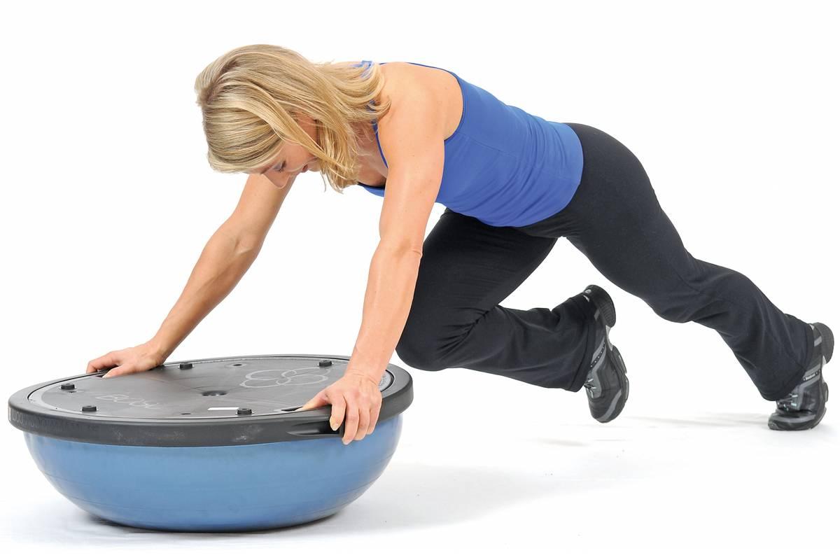 Балансировочная платформа: лучшие упражнения, польза и недостатки, как выбрать тренажер
