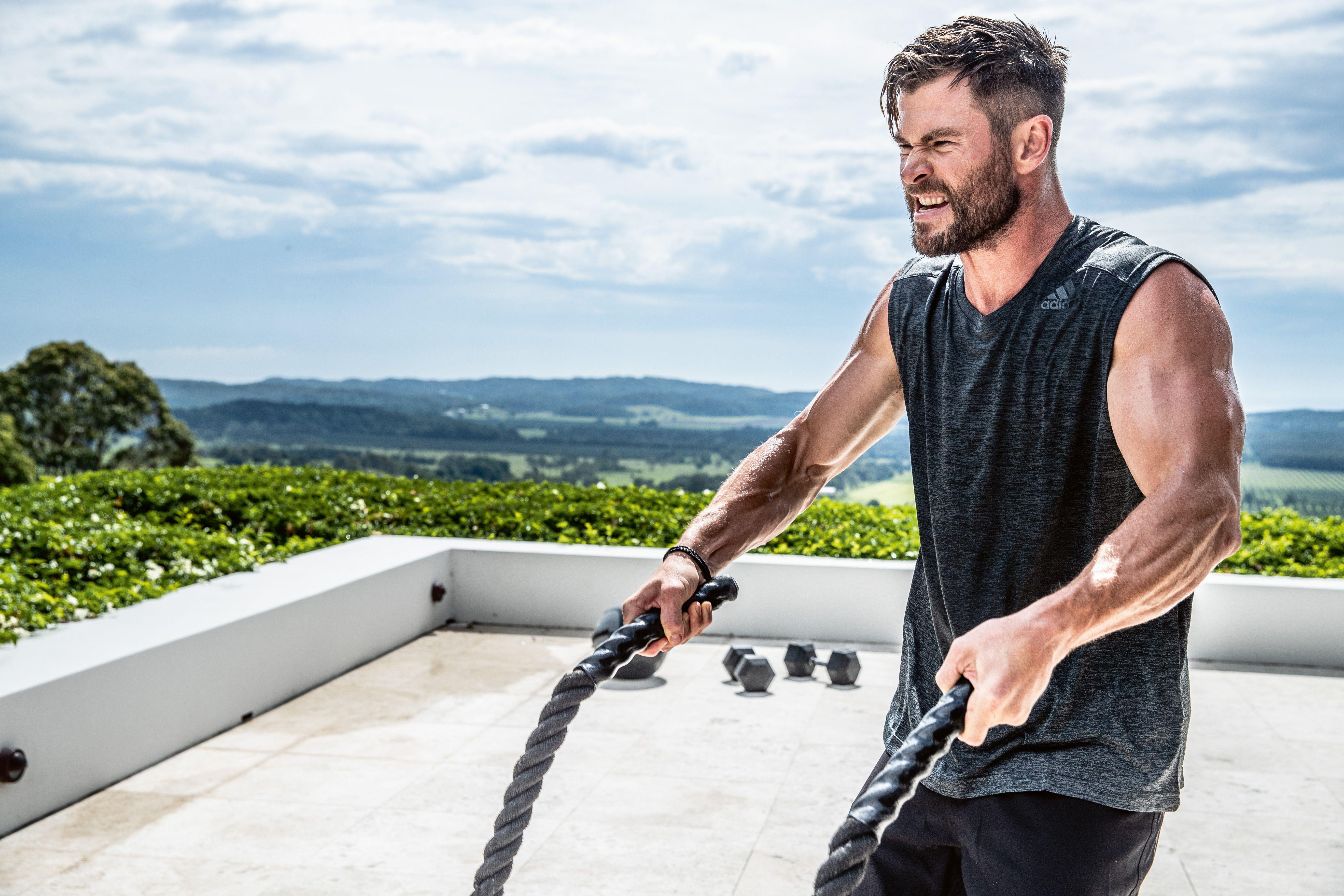 Крис хемсворт: тренировки и питание тора - школа тела