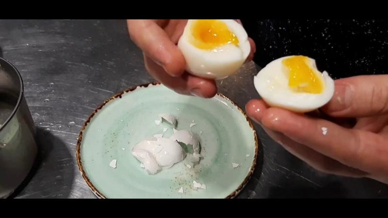 Варю яйца так, что скорлупа легко отделяется сама, – вам этот способ тоже понравится