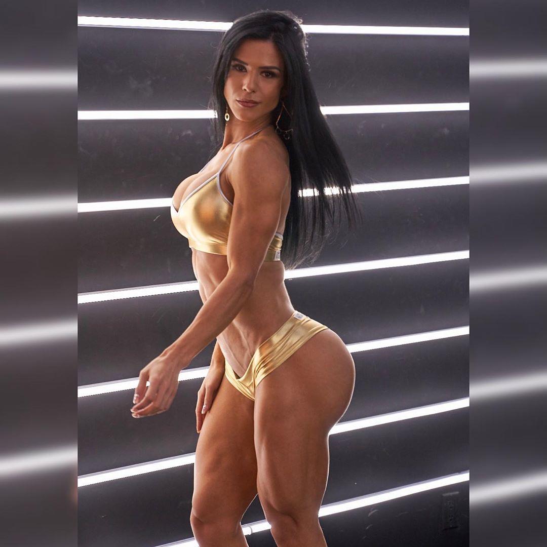 Ева Андресса – секси fashion-модель из Бразилии