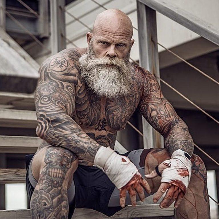 Самый татуированный бодибилдер в мире - владимир el tattoo