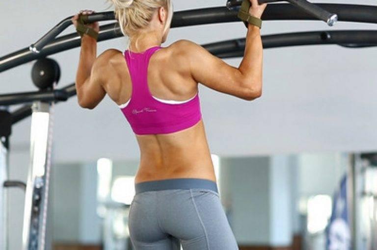 Как накачать спину в тренажерном зале: базовый комплекс