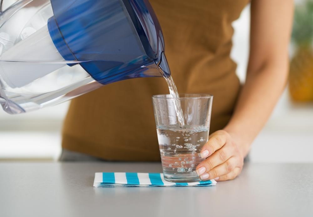 Как узнать жесткость воды для посудомоечной машины в домашних условиях и в лаборатории, а также можно ли настроить на приборе нужный уровень
