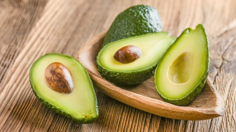 Авокадо - полезные свойства и противопоказания