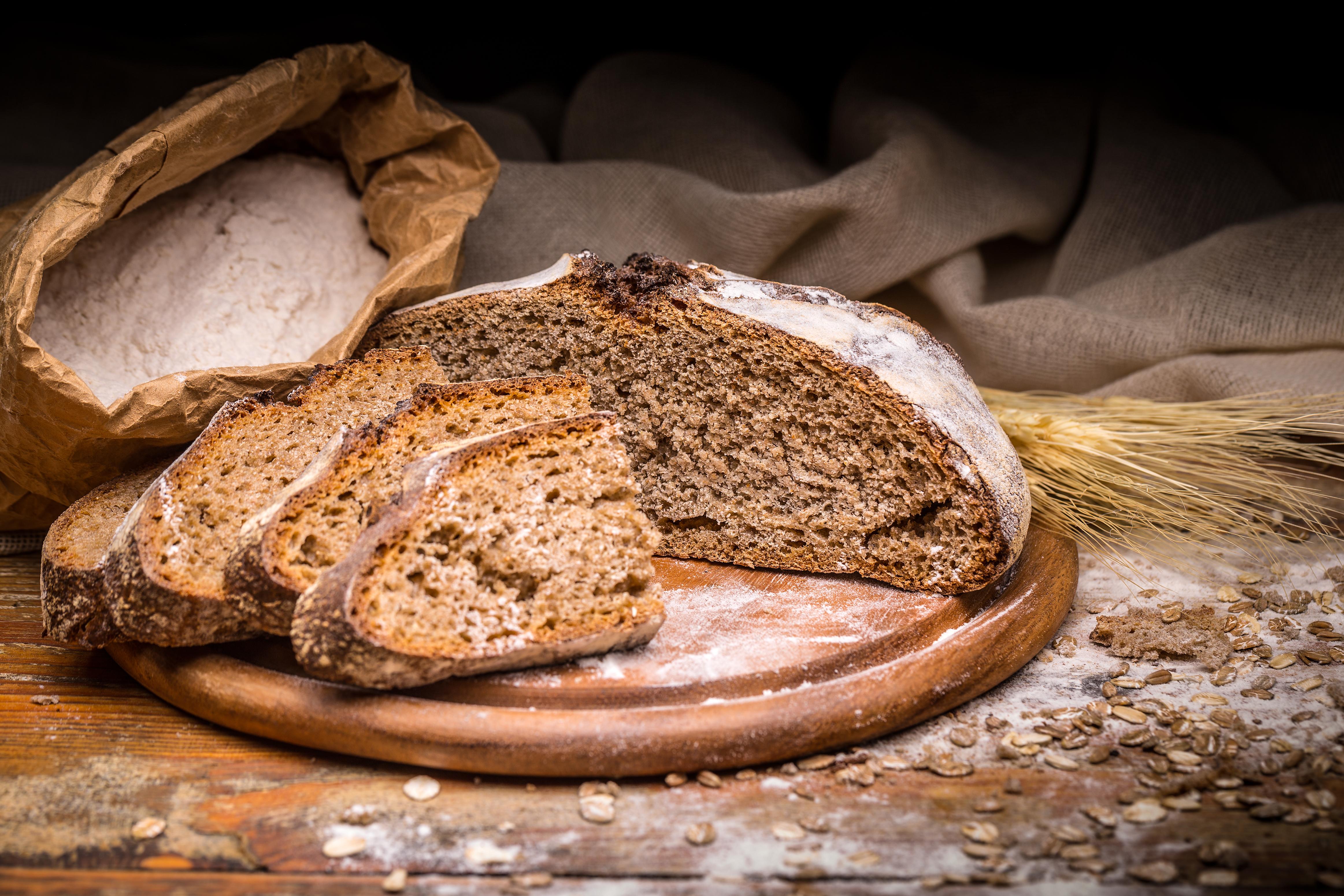 Что происходит с вашим телом, если каждый день есть хлеб