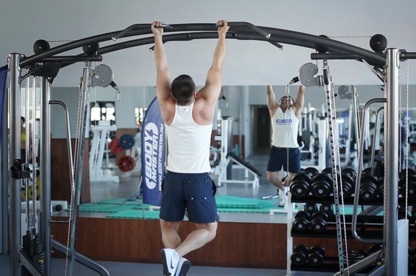 Как развить ширину спины: мощная тренировка широчайших