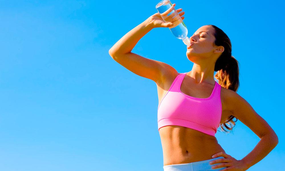 Можно ли пить воду после тренировки— сколько, когда и как