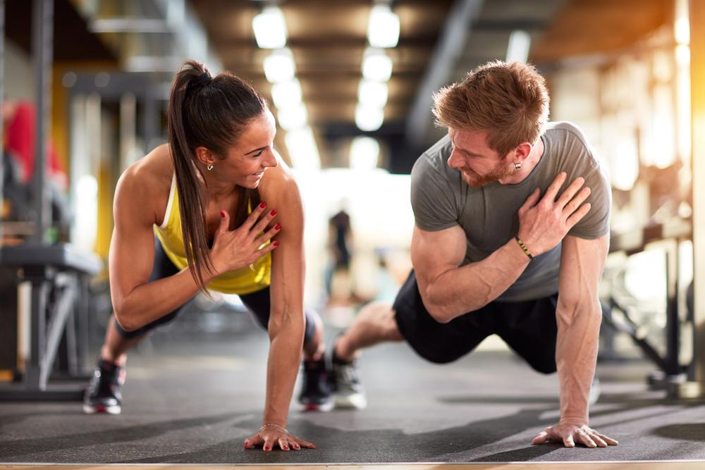 Как правильно страховать на тренировке в тренажерном зале | информационный портал о здоровье