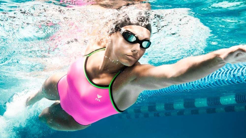 Польза плавания: 12 причин заняться плаванием