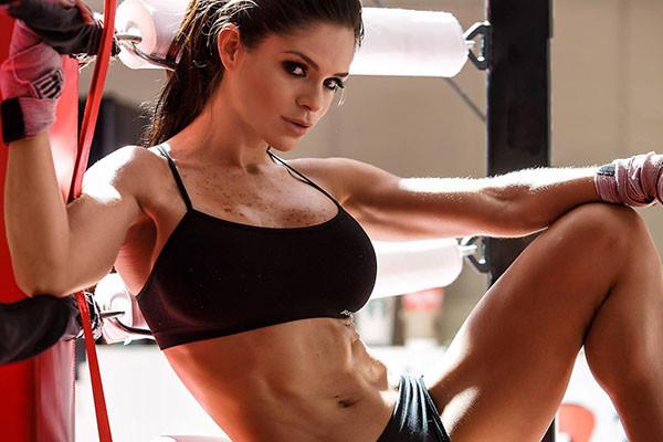Фитнес-бикини: можно ли стать ей в 40+? :: фитнес ::  «живи!
