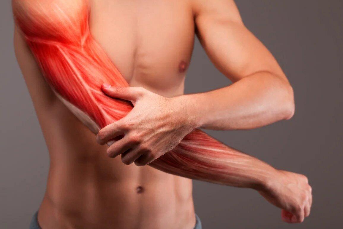 Что делать, если очень сильно болят ноги после тренировки — как убрать крепатуру и почему она возникает?