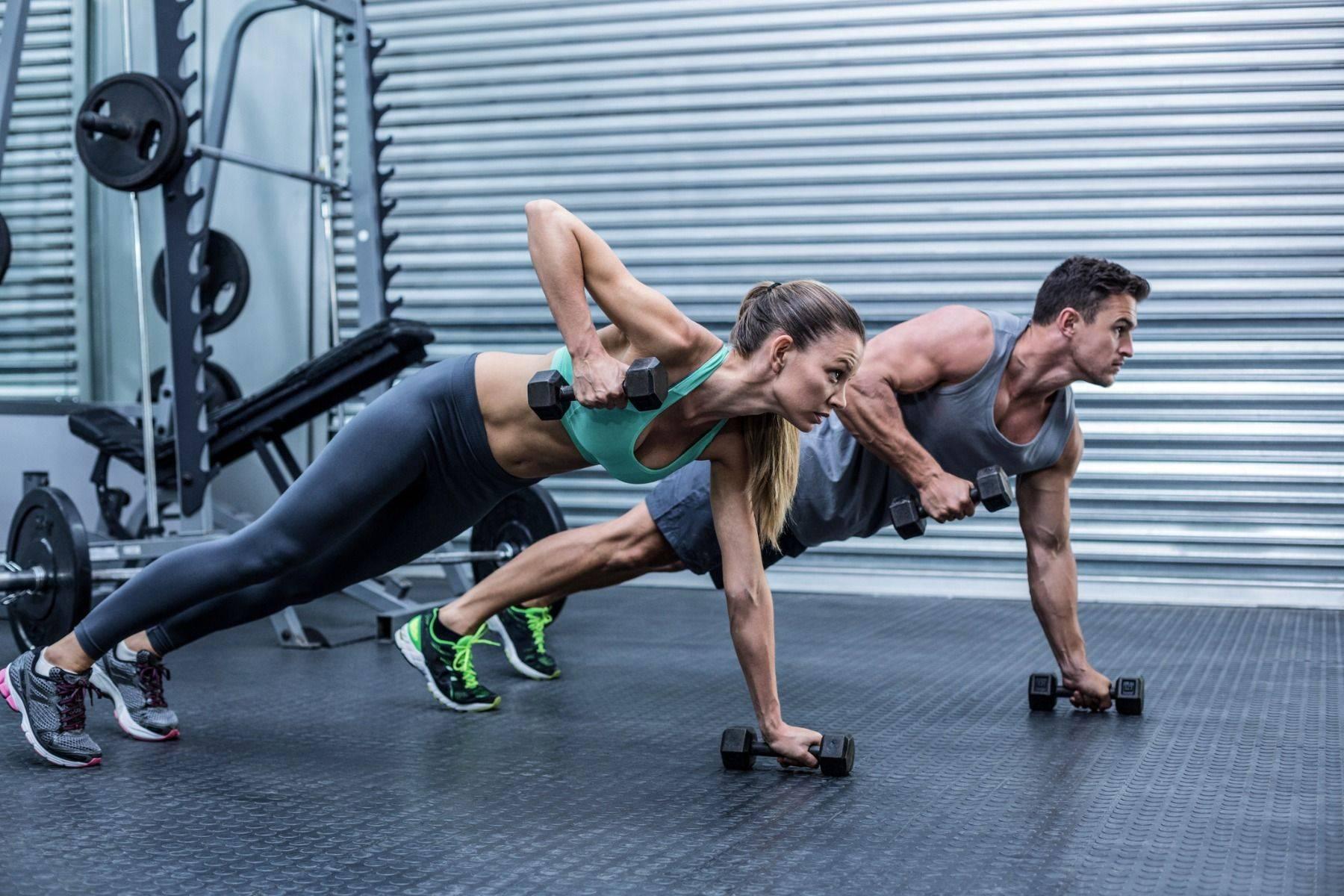 Гибкий график и индивидуальный подход: проведение силовой тренировки после кардио или перед
