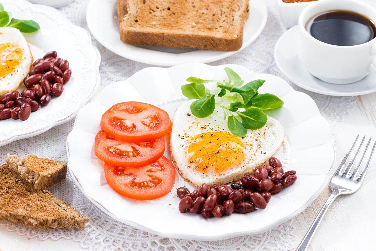Полезный завтрак: что лучше есть с утра, примерное меню на неделю, вредные продукты