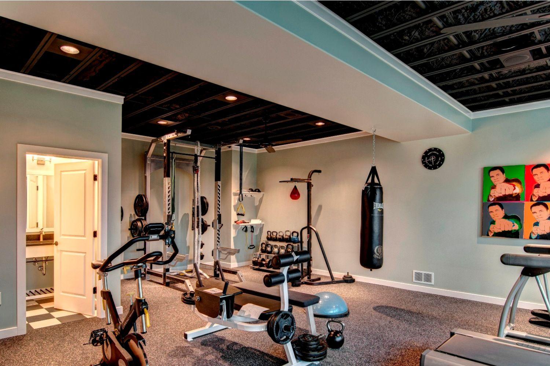 Фитнес-тренировка дома: комплекс на 7 дней лучших физических упражнений для начинающих девушек в домашних условиях