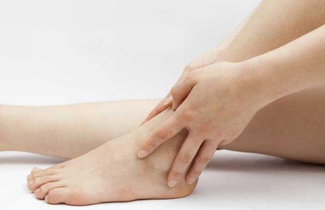 Как и чем быстро снять отеки на ногах в домашних условиях?