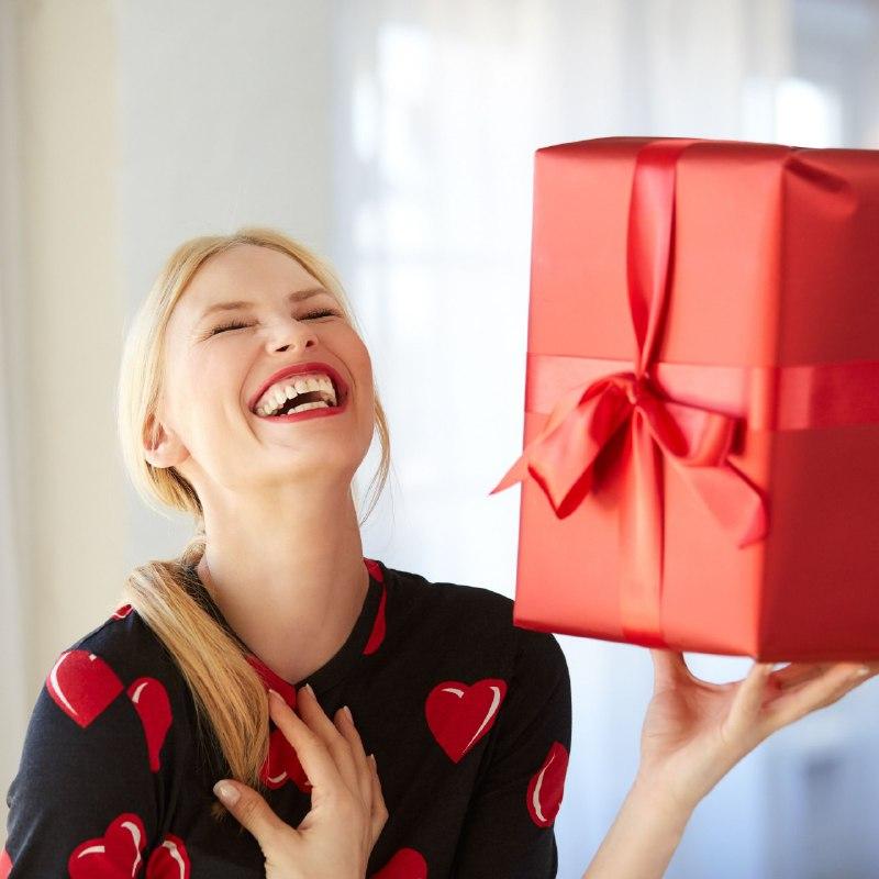 Какие подарки нельзя дарить женщине?