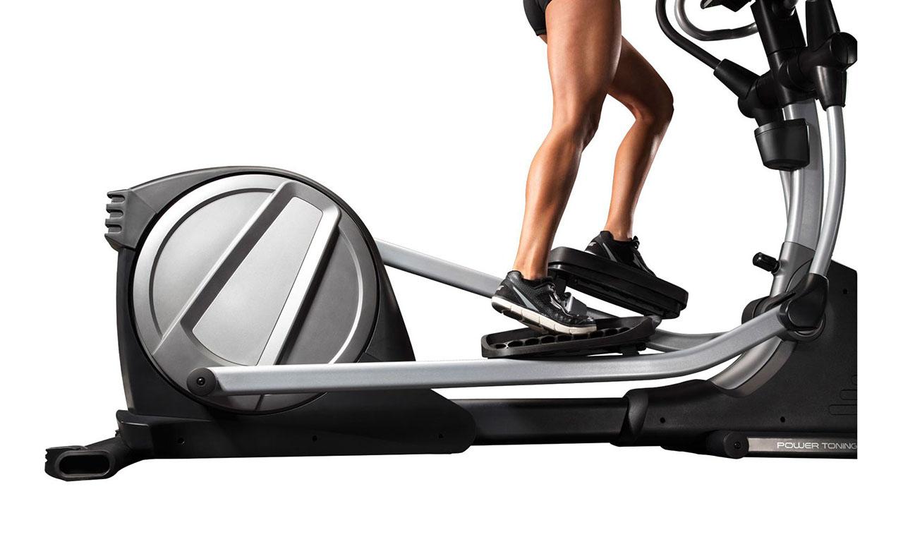 Эллиптический тренажер — какие мышцы работают при занятиях