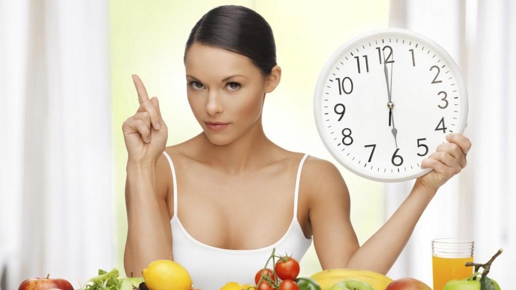 Как не набрать вес в новогодние праздники и быстро вернуться в форму: 10 советов