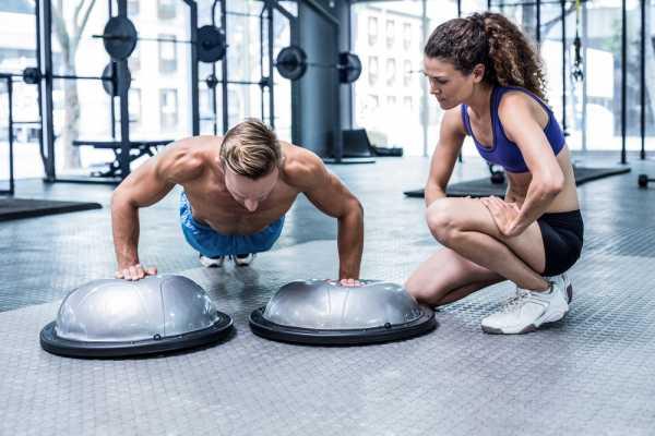 Босу (bosu): балансировочная полусфера для фитнеса