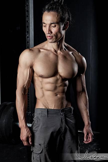 12 лучших мужских фитнес-моделей