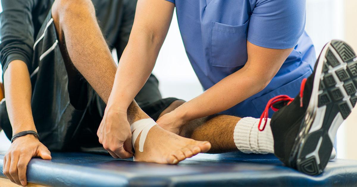 5 распространенных травм при ходьбе и как с ними бороться - dailyfit