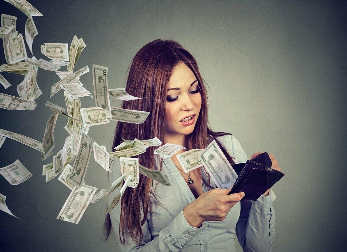 Если нашел деньги на улице: приметы, что делать
