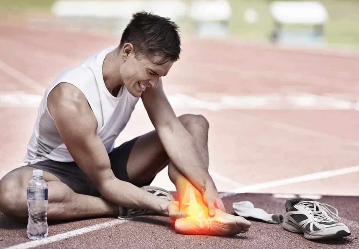 Спортивные травмы: профилактика и первая помощь