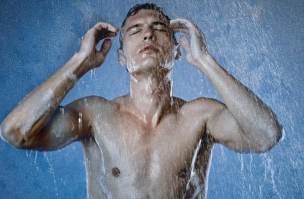 Почему велосипедисты должны принимать холодный душ после тренировки