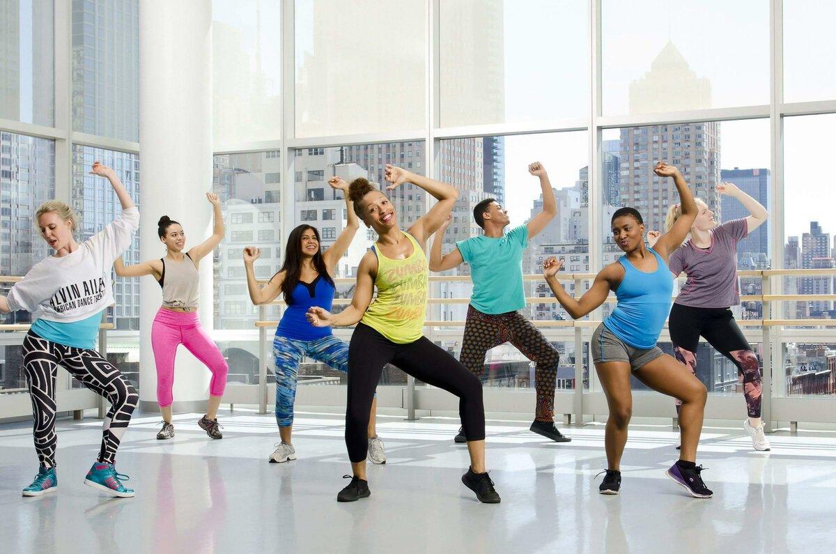 Танцевальный фитнес: разнообразие танцев для похудения