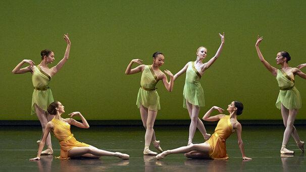 В балетной школе венской оперы детям рекомендовали курить ради похудения ► последние новости