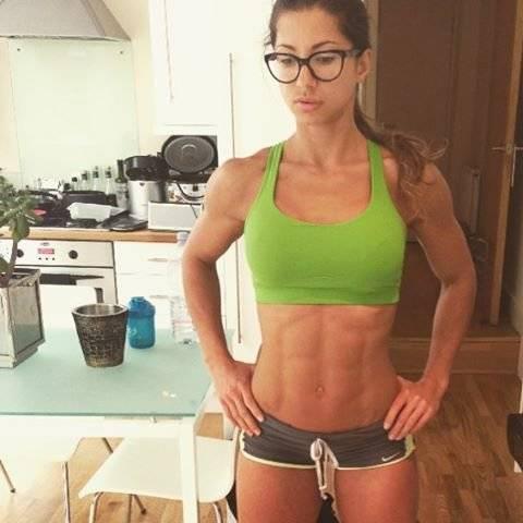 Андреа Тина (Andreea Tina)