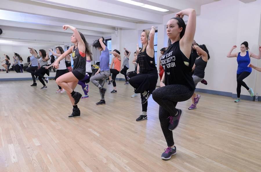 Танцы и упражнения для похудения в домашних условиях